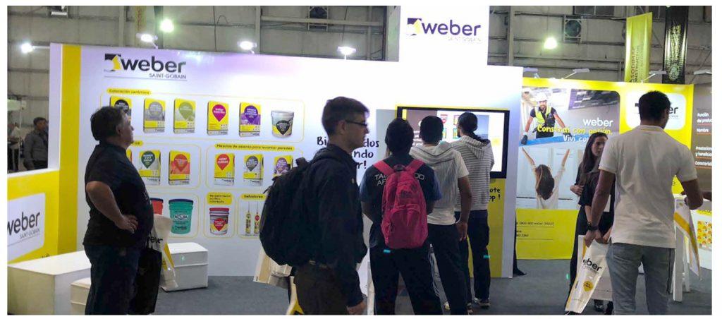 web stand2 1 1024x452 - Construir una marca a través de la experiencia del cliente