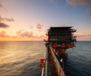 Trabajo remoto y equipos aislados: un gran desafío para la comunicación interna del sector petrolero
