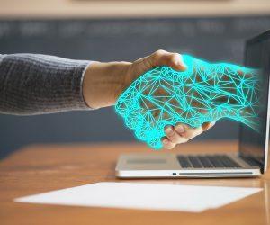 Inteligencia artificial: 64% de los empleados confiarían más en un robot que en su jefe